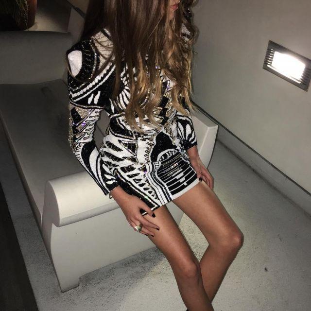 Dress H&M Balmain to Kaia Gerber on his account Instagram