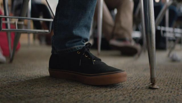 Vans Gun Authentic Sneakers Worn By Simon Spier Nick Robinson As Seen In Love Simon Spotern
