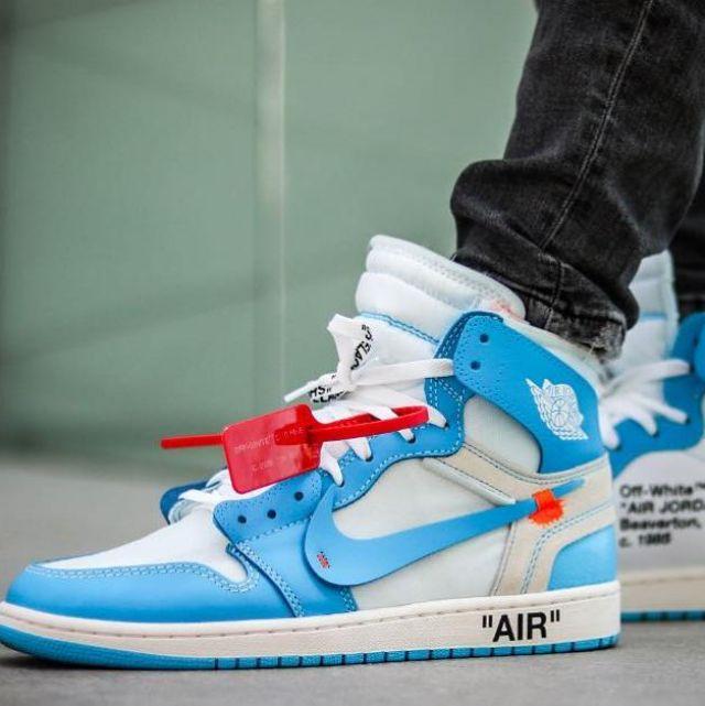 reputable site d80a8 ed38e Sneakers Nike Air Jordan 1 Retro High Off White University ...