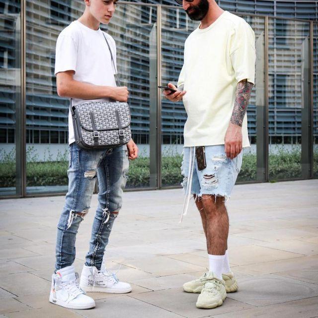 Sneakers beige Adidas Yeezy 500 Super Moon Yellow Sacha