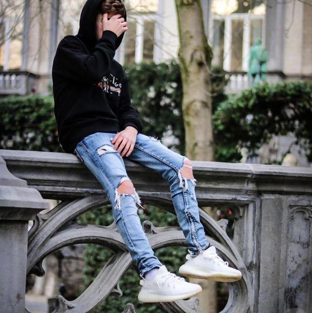 Adidas Yeezy Boost 350 V2 Cream White