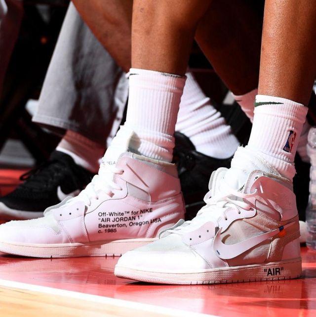 elegante scarpe sportive online in vendita Sneakers Air Jordan 1 X Off white Nrg