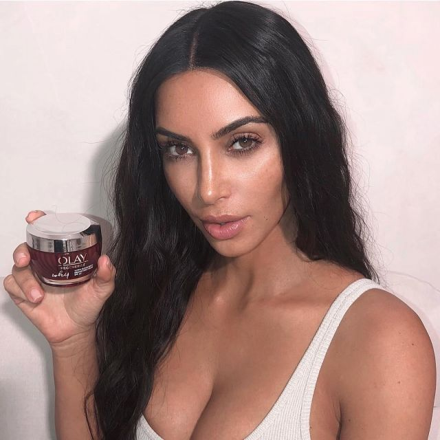 Cream Olay submitted by Kim Kardashian West on his account Instagram | Spotern