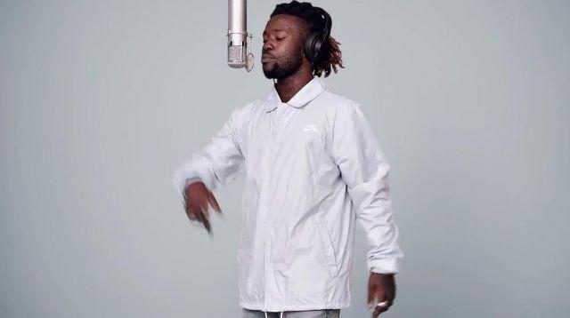 La veste Nike SB blanche de Jok'air dans son clip L'étrangère - A ...
