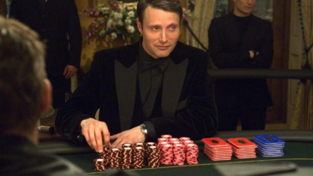 Les plaques de poker utilisées par Le chiffre (Mads Mikkelsen) dans Casino Royale