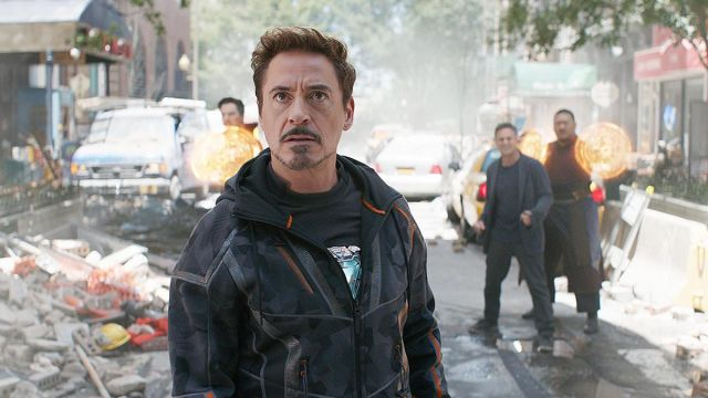The jacket worn by Tony Stark (Robert Downey Jr) in the Avengers : Infinity War