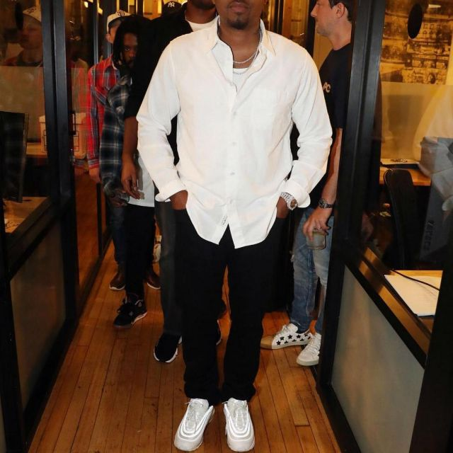 Sneakers Nike Air Max 97 Triple White Made By Nas On His Account