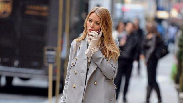 Le manteau d'hiver de Serena Van Der Woodsen (Blake Lively) dans Gossip Girl S03E13