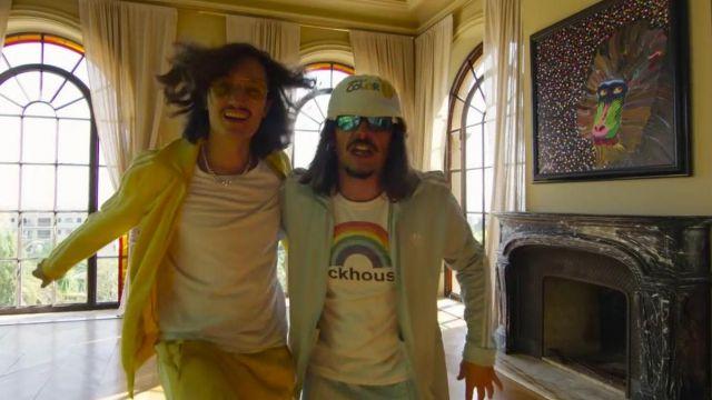 Le t-shirt Dickhouse porté par Lorenzo dans son clip Champagne & Pétou feat. Charles Vicomte