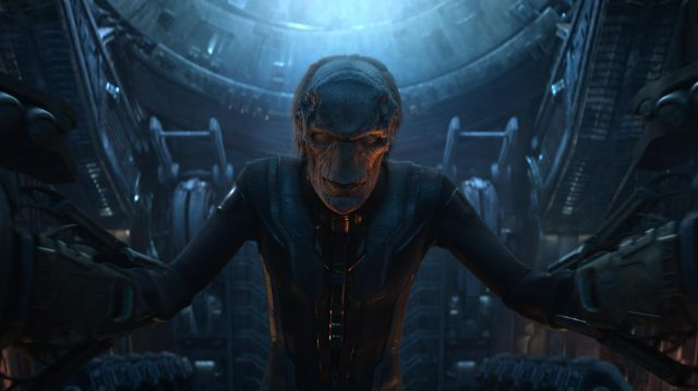 The mask of Ebony Maw (Tom Vaughan-Lawlor) in the Avengers : Infinity War