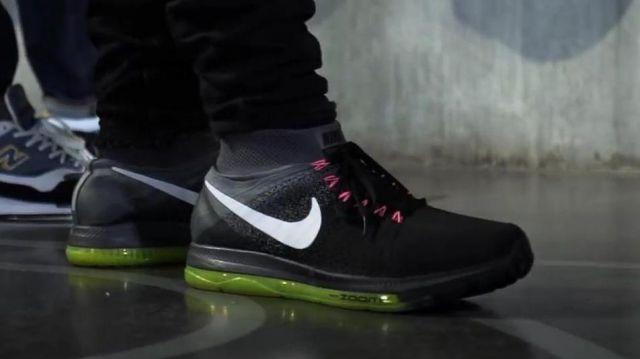 "Les sneakers Nike Zoom All Out (noir/blanc) de Baloo dans la vidéo ""CABALLERO & JEANJASS – Bail 2 Sneakers"""
