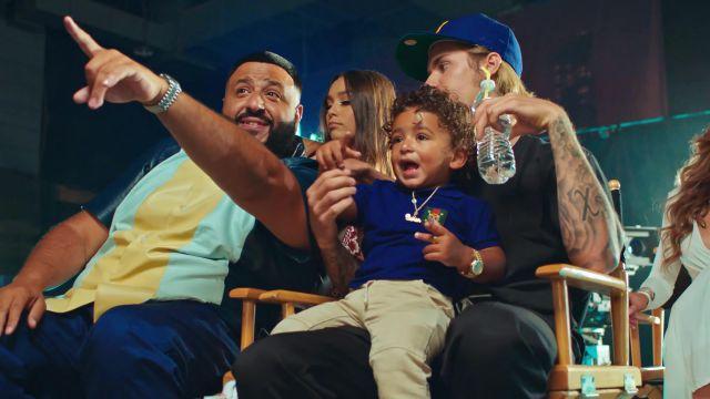 """Le polo enfant bleu Gucci Kids dans le video clip """"No Brainer"""" de DJ Khaled ft. Justin Bieber, Chance the Rapper, Quavo"""