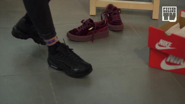 """Les sneakers noires Nike Air Max 95 de Chilla dans la vidéo YouTube """"CHILLA – Bail 2 Sneakers"""""""