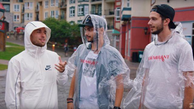"""La veste coupe vent Nike Archive blanche de Squeezie dans la vidéo YouTube """"Je surprends 8 Abonnés autour du monde ❤️????"""""""