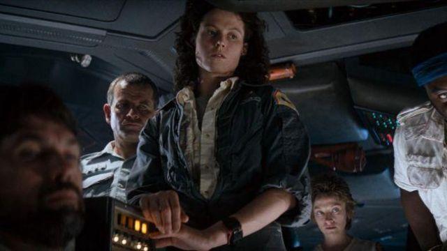 Le patch/écusson USS Nostromo de Ripley (Sigourney Weaver) dans Alien, le huitième passager