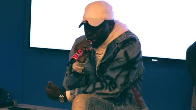 La Le Jean Jalouxlive Dadju Dans Clip Video De Veste En Balenciaga k8nP0wO