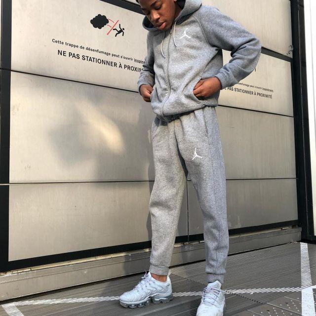 survetement nike blanc argent noir,jogging Nike fashion,bas