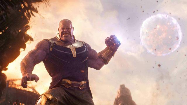 The replica of the glove of the infinite Thanos (Josh Brolin) in Avengers : Infinity War
