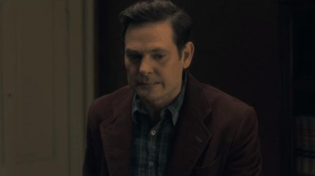 The Suit Jacket Of Young Hugh Crain Henry Thomas In The Haunting Of Hill House S01e01 Spotern