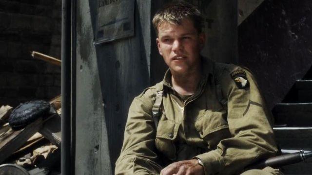 L'écusson 101st Airborne porté par Private Ryan (Matt Damon) dans Il faut sauver le soldat Ryan