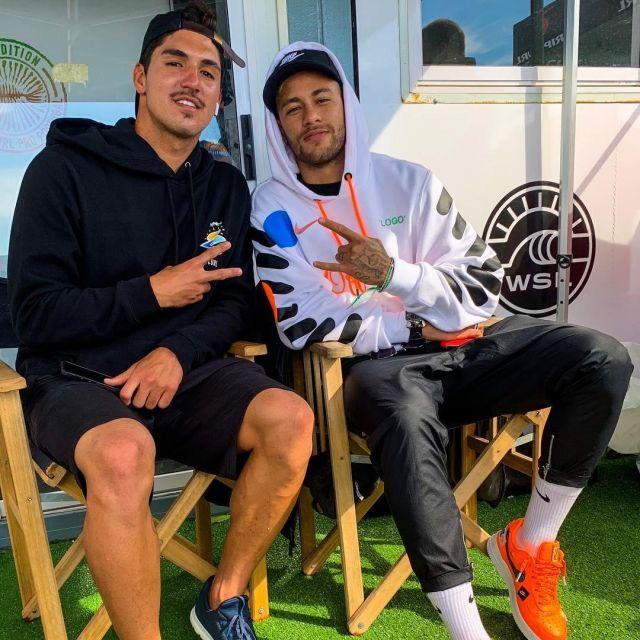 577ffc93b Sweatshirt Nike Football x Off White of Neymar on his account ...
