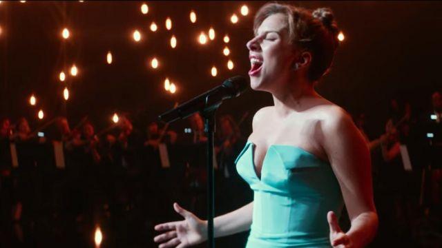 La robe longue corset verte portée par Ally (Lady Gaga) dans A Star Is Born