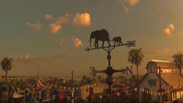 Les guirlandes à fanions multicolores dans Dumbo