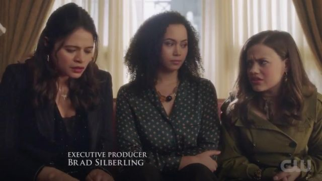 The collar, H&M, Macy Vaughn (Madeleine Mantock) in Charmed