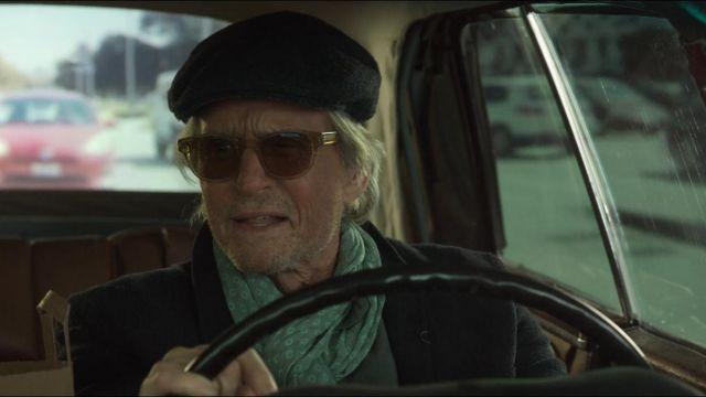 Sunglasses worn by Sandy Kominsky (Michael Douglas) as seen in The Kominsky Method S01E01