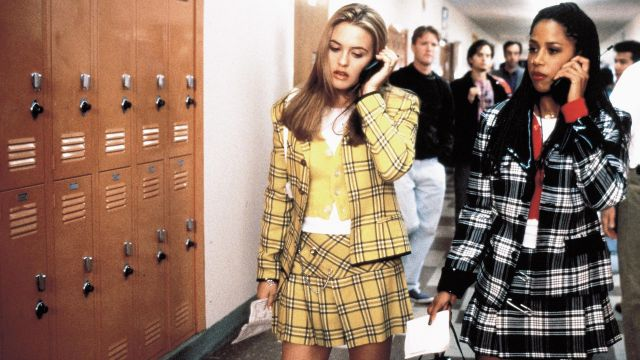The replica of the skirt yellow plaid worn by Cher (Alicia Silverstone) in Clueless (1995)