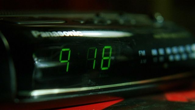 Panasonic Alarm Clock used by Neo (Keanu Reeves) in The Matrix