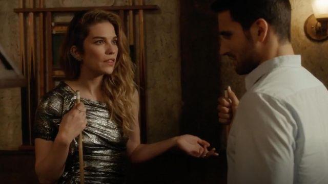 Isabel Marant Gia brocart d'une épaule robe portée par Alexis Rose (Annie Murphy) dans Schitt s Creek S04E08