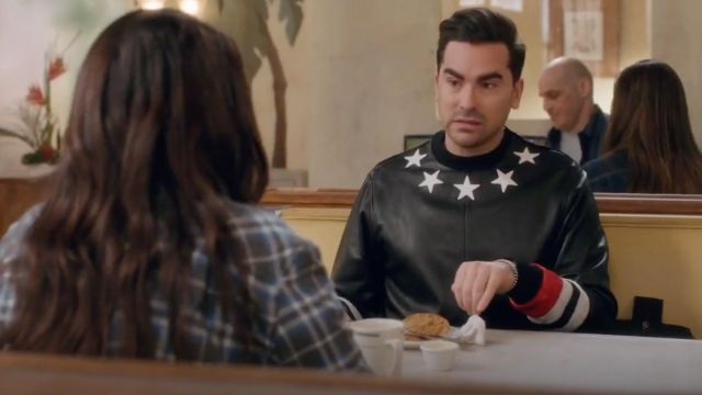 Givenchy Black Star Patch Sweater worn by David Rose (Dan Levy) in Schitt's Creek S04E09