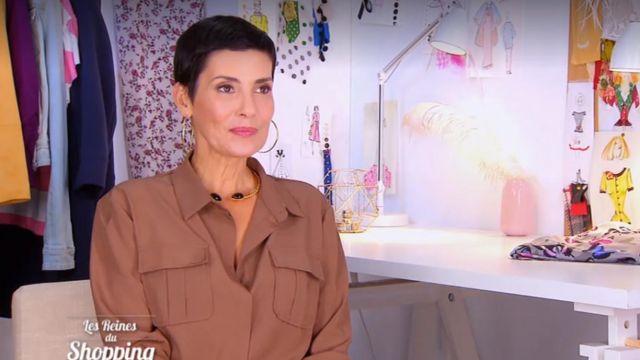 La Chemise marron chocolat à détail poches de Cristina Córdula dans Les reines du shopping du 19/12/2018