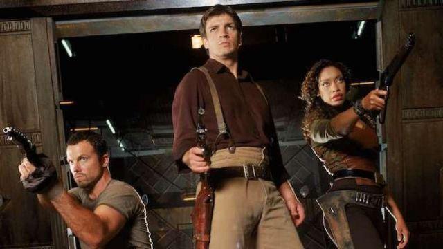 Zoe Washburne's (Gina Torres) costume as seen in Firefly Season 1