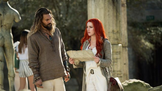 Beige Shirt & Long Cardigan worn by Mera (Amber Heard) as seen in Aquaman
