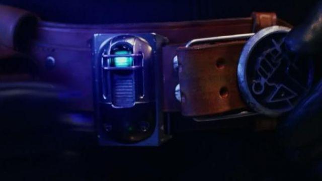 The replica locator Abe Sapien (Doug Jones) Hellboy