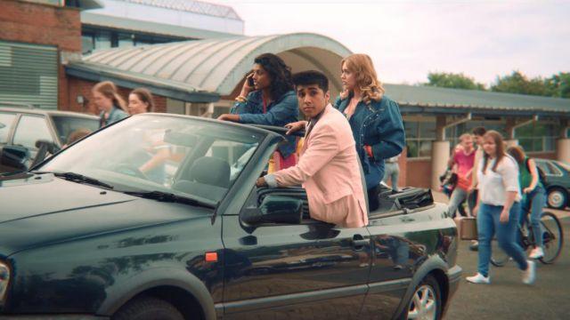 Anwar's (Chaneil Kular) pink jacket as seen in Sex Education S01E01