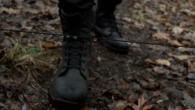 Boots Bates of Frank Castle (Jon Bernthal) in Marvel's The Punisher S01E05