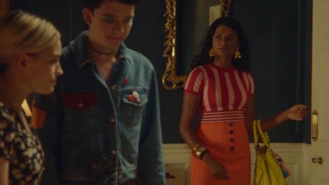 The skirt orange Topshop Olivia (Simone Ashley) in Sex Education S01E05