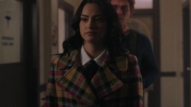 The coat plaid multi-color Veronica Lodge (Camila Mendes) in Riverdale (S03E10)