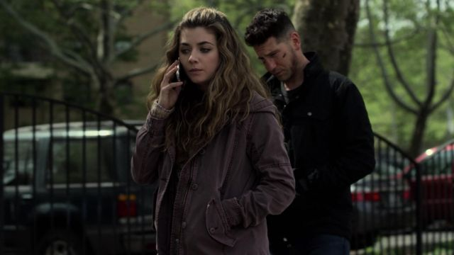 Purple jacket worn by Amy Bendix (Giorgia Whigham) in Marvel's The Punisher S02E06