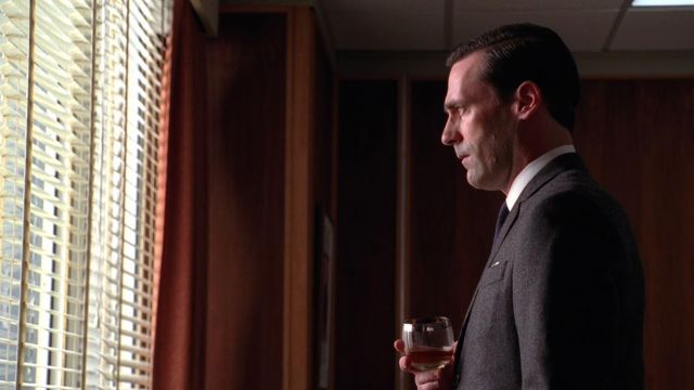The glass of whisky to Don Draper (Jon Hamm) in Mad Men S03E13