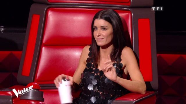 The Black Dress Short Pattern Flower Paco Rabanne Of Jenifer In The Trailer For The Voice The Most Beautiful Voice Spotern