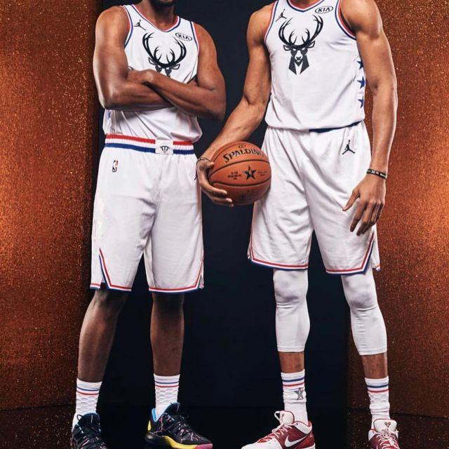 Basketball Shoe Nike Hyperdunk X Low of