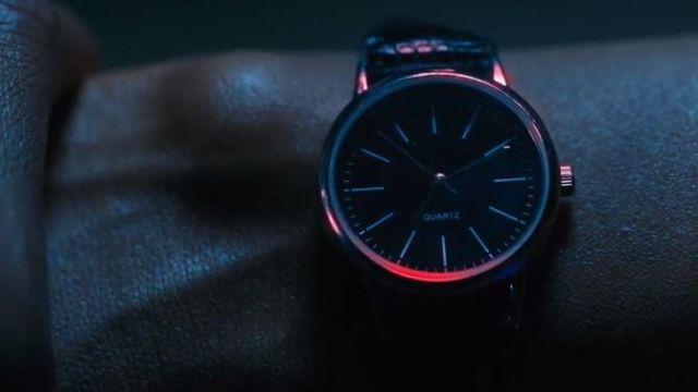 La montre quartz à cadran noir aperçue dans la série The Umbrella Academy S01E04