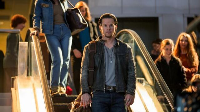 Leather jacket worn by Dusty Mayron (Mark Wahlberg) as seen in Daddy's Home