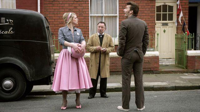 La robe de Rose Tyler (Billie Piper) dans Doctor Who S02E07