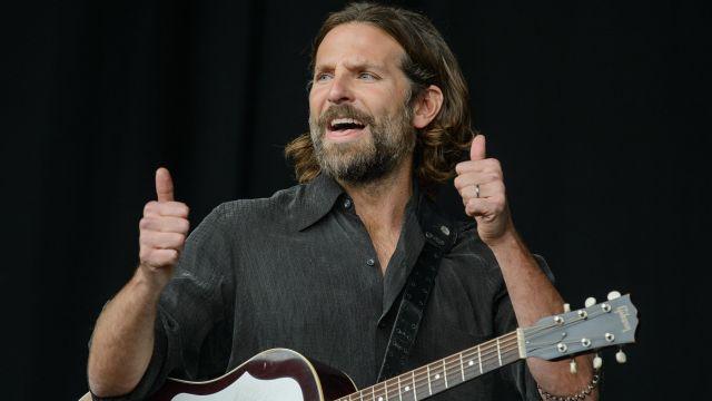Noir Checked Shirt porté par Jack (Bradley Cooper) dans Une Étoile Est Née