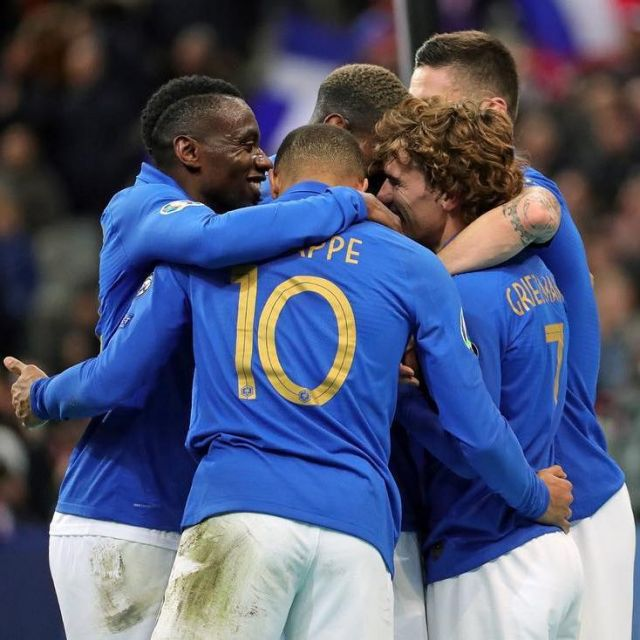 detailed pictures 400ae a4493 The Nike jersey of the France team for the Centenary of the ...